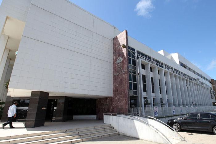 Julgamento será realizado no Fórum da Capital, no Barro Duro. (Foto: Caio Loureiro)