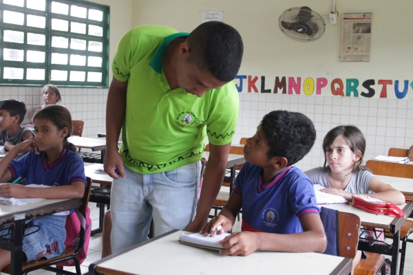 Têm direito a receber o rateio dos recursos do Fundeb os profissionais do magistério da educação (Foto: Valdir Rocha)
