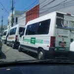Motoristas de transporte complementar protestam contra decisão