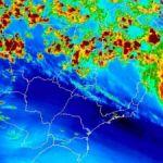 Tempestade tropical se aproxima da costa brasileira na terça
