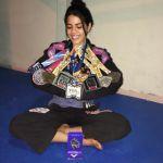 Lutadora de Jiu-jitsu busca patrocínio para campeonato