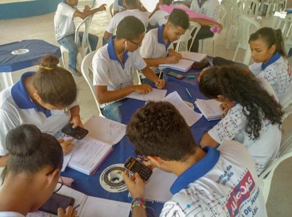 No ensino híbrido, um mix entre método tradicional e novas tecnologias (Foto: Acervo da Escola)