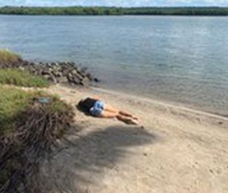 Mulher encontrada morta na Massagueira foi vítima de es...