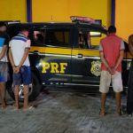 PRF prende suspeitos de assaltar estabelecimento em Maceió