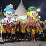 Meninos e meninas atendidos pela LBV visitam o Circo