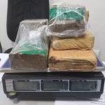 """Polícia prende dupla que fazia """"delivery"""" de drogas em Maceió"""