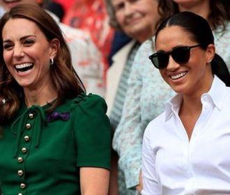 Kate Middleton e Meghan Markle estariam se esforçando p...