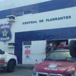 Jovem é preso com arma de fogo no Graciliano Ramos
