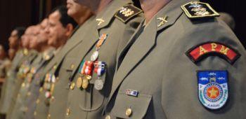 Polícia Militar celebra Dia do Soldado com promoções e outorgas de medalhas