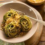 Para os amentes de massa italiana: Espaguete ao Pesto