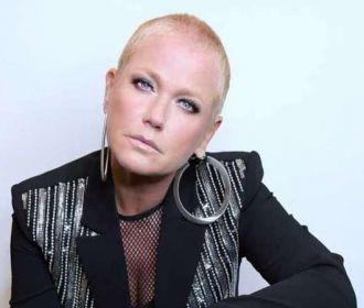 Programa de rádio debocha de denúncia de Xuxa sobre abusos sexuais na infância
