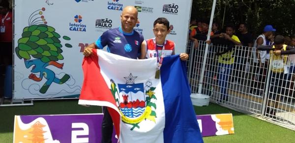 Vinicius, da Escola Correia Titara, levou ouro no atletismo. Divulgação