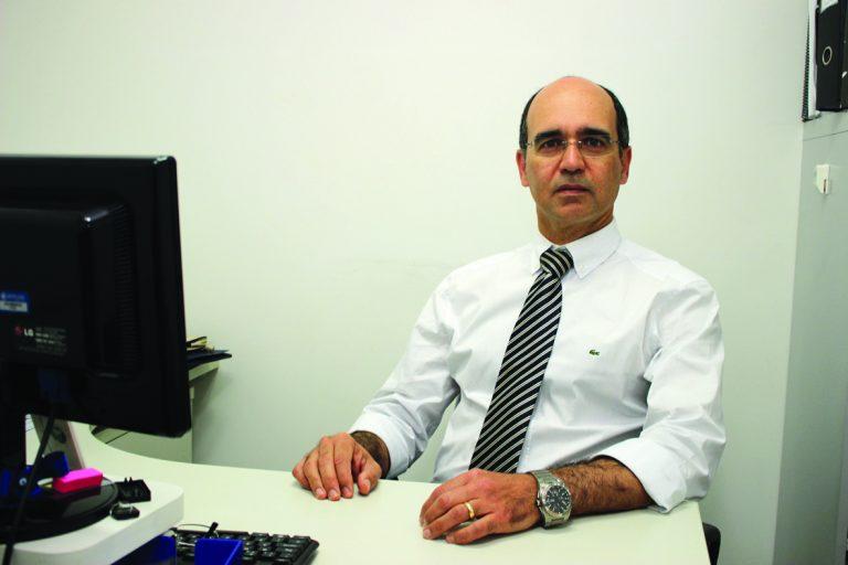 Aldo Calaça, coordenador do Serviço de Neurologia e Neurocirurgia