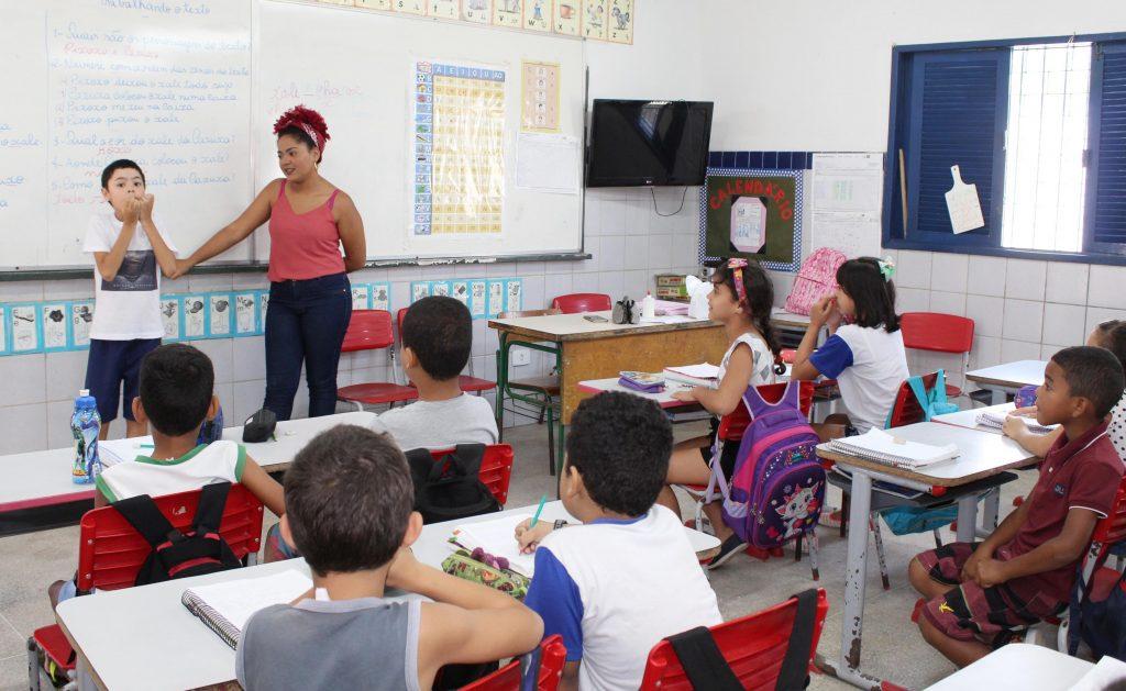 1909-Esc.-Cleto-Marques-escola-Bilíngue-9-1024x629