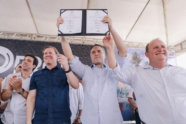 Ordem de serviço foi assinada por Renan Filho nesta terça (21) para recuperação da AL-480. Foto: Márcio Ferreira