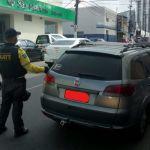 Operação remove veículos clandestinos das vias da capital