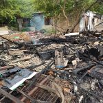 Incêndio destrói barraco na favela Sururu de Capote, em Maceió