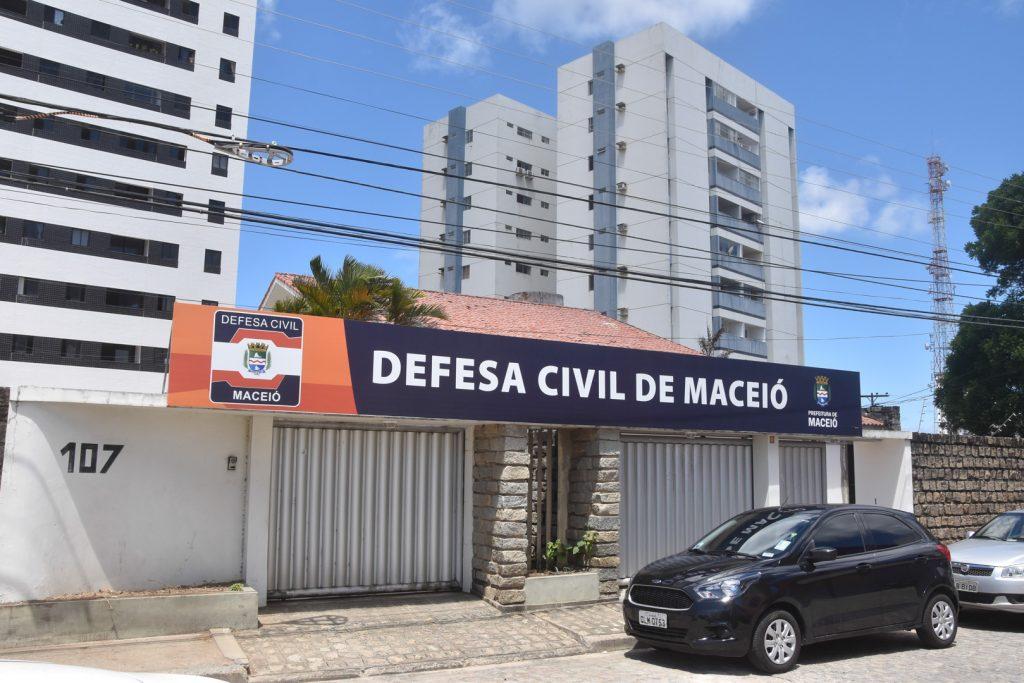13MA-Prefeito-visita-nova-sede-da-Defesa-Civil-no-Pinheiro-6-1024x683