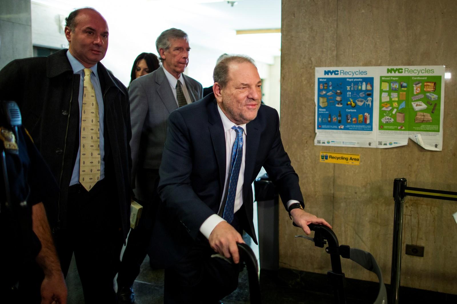 Harvey Weinstein chega a uma corte de Manhattan para ouvir a decisão do júri, em 24 de fevereiro de 2020 — Foto: Eduardo Munoz/Reuters