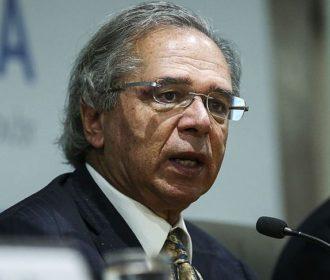 Auxílio Brasil: Guedes diz que governo usará R$ 30 bi fora do teto