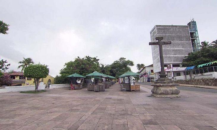 Feira de artesanato na Sé, em Olinda, sem movimento durante isolamento social | Reprodução / TV Globo