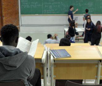Educação (inter)nacional para negros surdos
