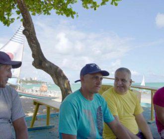 Alfredo Gaspar garante atenção especial a jangadeiros, pescadores e ambulantes da orla de Maceió