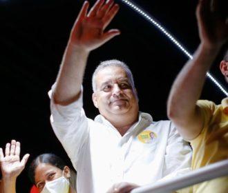População recebe caravana de Alfredo Gaspar com entusiasmo a um mês das eleições