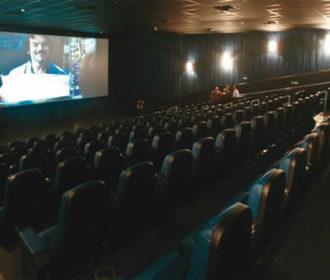 Cinemas, museus e teatros voltam a funcionar com flexibilização do decreto
