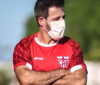 Ramon Menezes renova a expectativa do torcedor do CRB, mas é o 11º treinador desde 2015