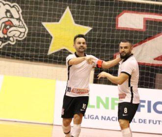 LNF: Deives brilha, Corinthians bate Joinville de novo e vai a final
