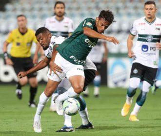 Brasileiro: mesmo rebaixado, Coritiba derrota Palmeiras