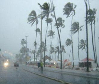 Semarh emite aviso para pancadas de chuvas e rajadas de vento no Litoral e Zona da Mata