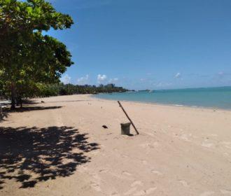 Lixo nas praias de Maceió cai 40% durante os fins de semana de isolamento