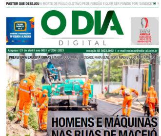 HOMENS E MÁQUINAS NAS RUAS DE MACEIÓ