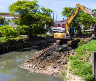 Prefeitura de Maceió retira 700 toneladas de lixo da foz do Salgadinho