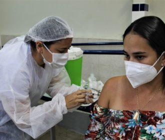 Penedo inicia vacinação de trabalhadores da educação e deficientes com mais de 18 anos