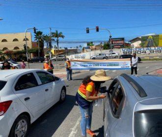 Previne Maceió: Ação conscientiza sobre descarte de lixo nas ruas e entrega 5 mil lixeiras para carro