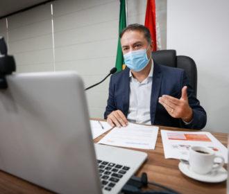 Renan Filho sanciona lei que retira desconto de 14% de aposentados e pensionistas do estado