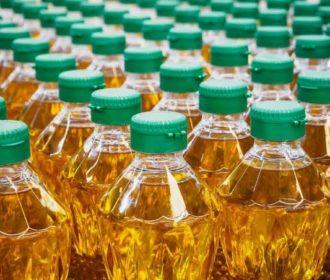Descarte correto do óleo de cozinha usado evita danos ao meio ambiente