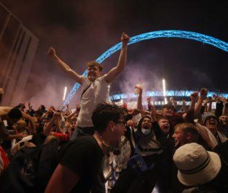 Final da Eurocopa foi um evento com alta propagação de covid-19
