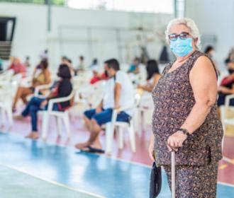 Arapiraca inicia aplicação de doses de reforço em idosos e imunossuprimidos nesta quinta
